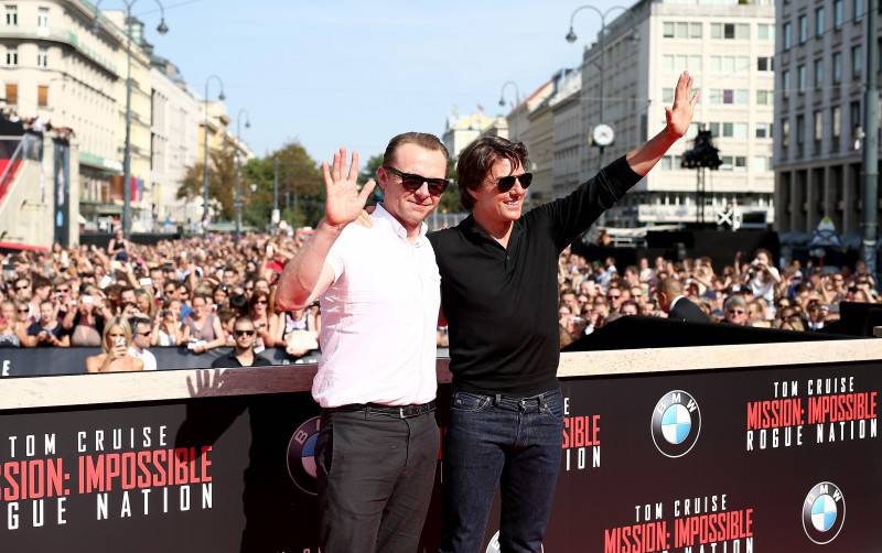VIENNA, AUSTRIA - JULY 23:  Simon Pegg (L) and Tom Cruise attend the world premiere of 'Mission: Impossible - Rogue Nation' at the Opera House (Wiener Staatsoper) on July 23, 2015 in Vienna, Austria.  (Photo by Andreas Rentz/Getty Images for Paramount Pictures International)