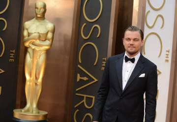 Leonardo-DiCaprio-and-his-pal-Oscar