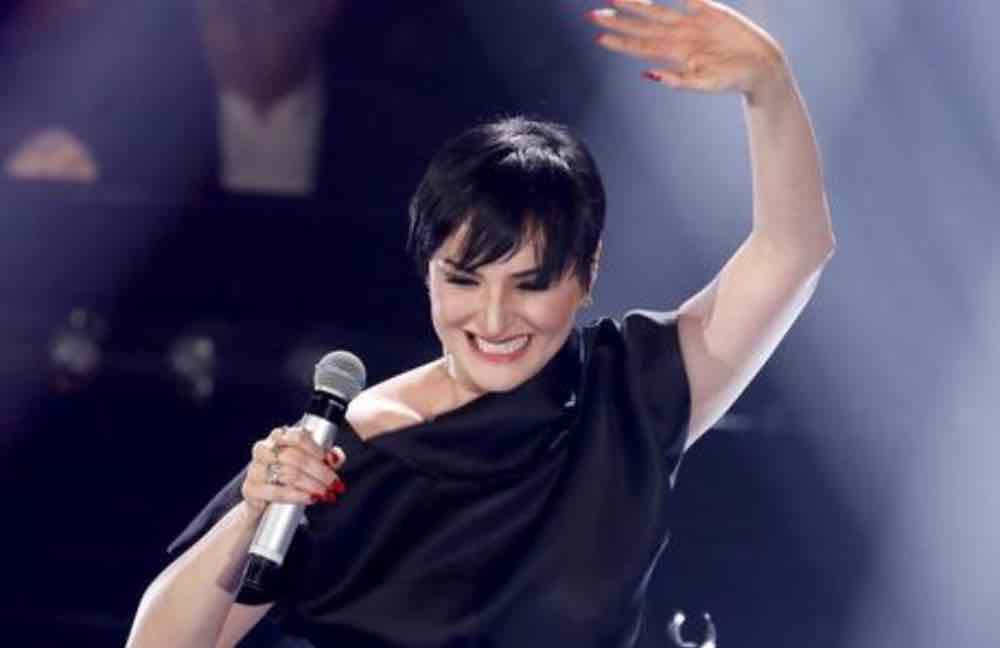 Arisa Verissimo: Sanremo 2019, La notte, Controvento e molto altro