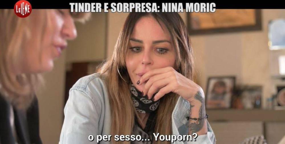 """Tinder e sorpresa, Nina Moric: Video, la croata """"ci prova"""" con..."""