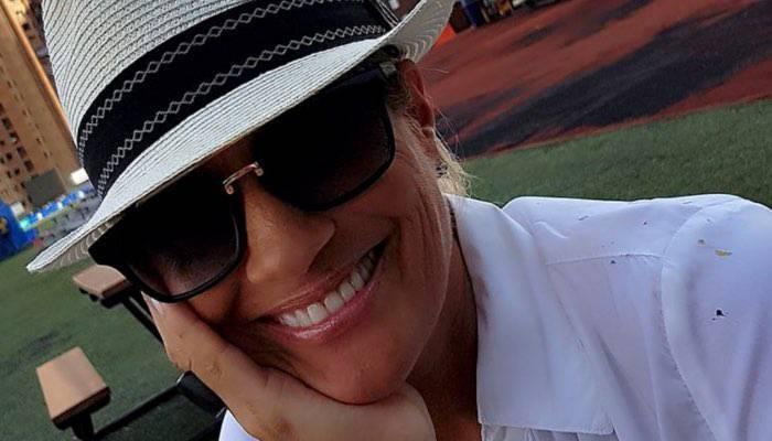 Heather Parisi seno di fuori