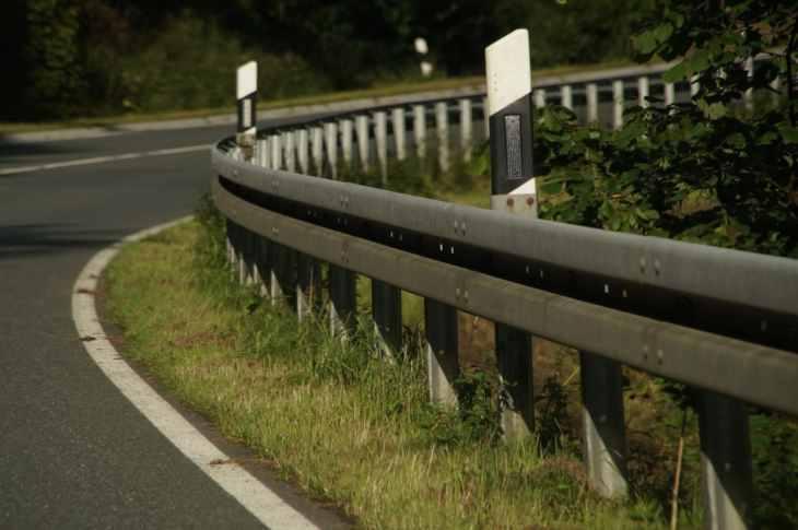 incidente auto erchie provincia di brindisi