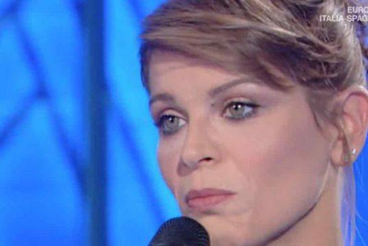 Alessandra Amoroso, ci mette la faccia: si schiera ufficialmente