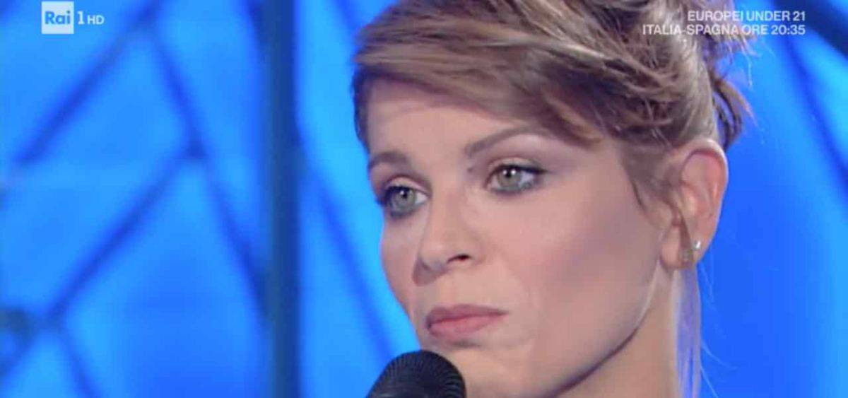 Alessandra Amoroso pausa musica