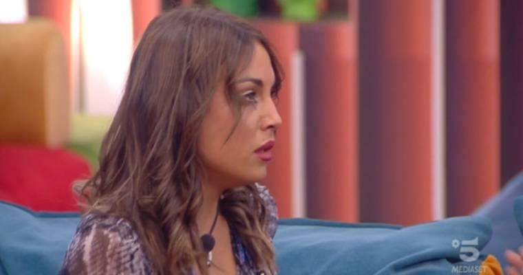 Onestini attacca Francesca De André