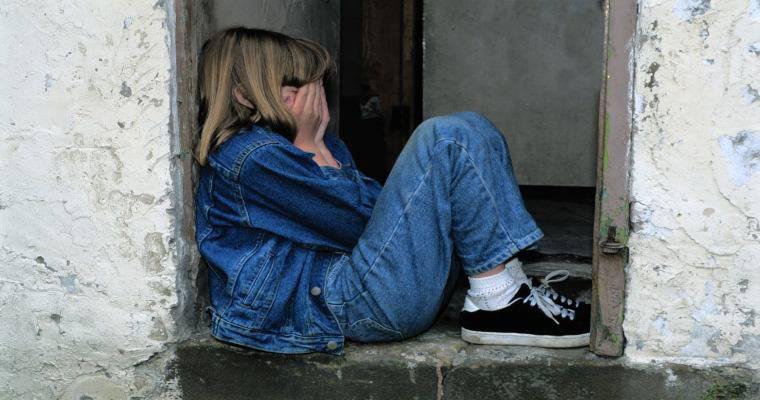 Fa prostituire figlia 13enne