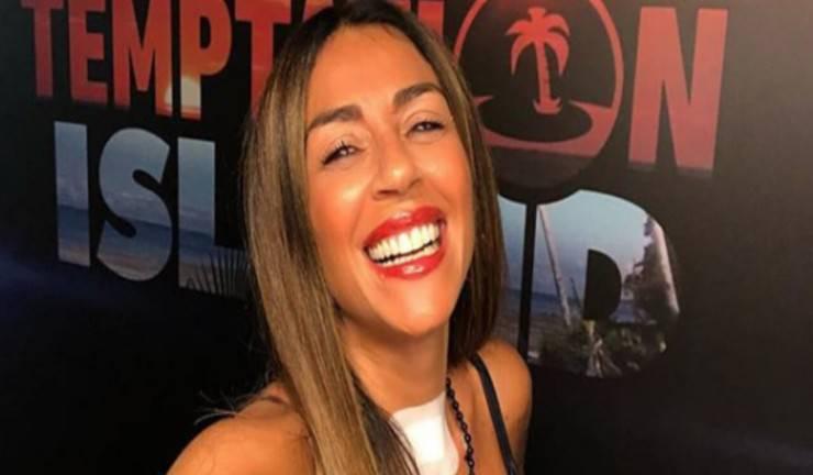 Raffaella Mennoia contro i tronisti