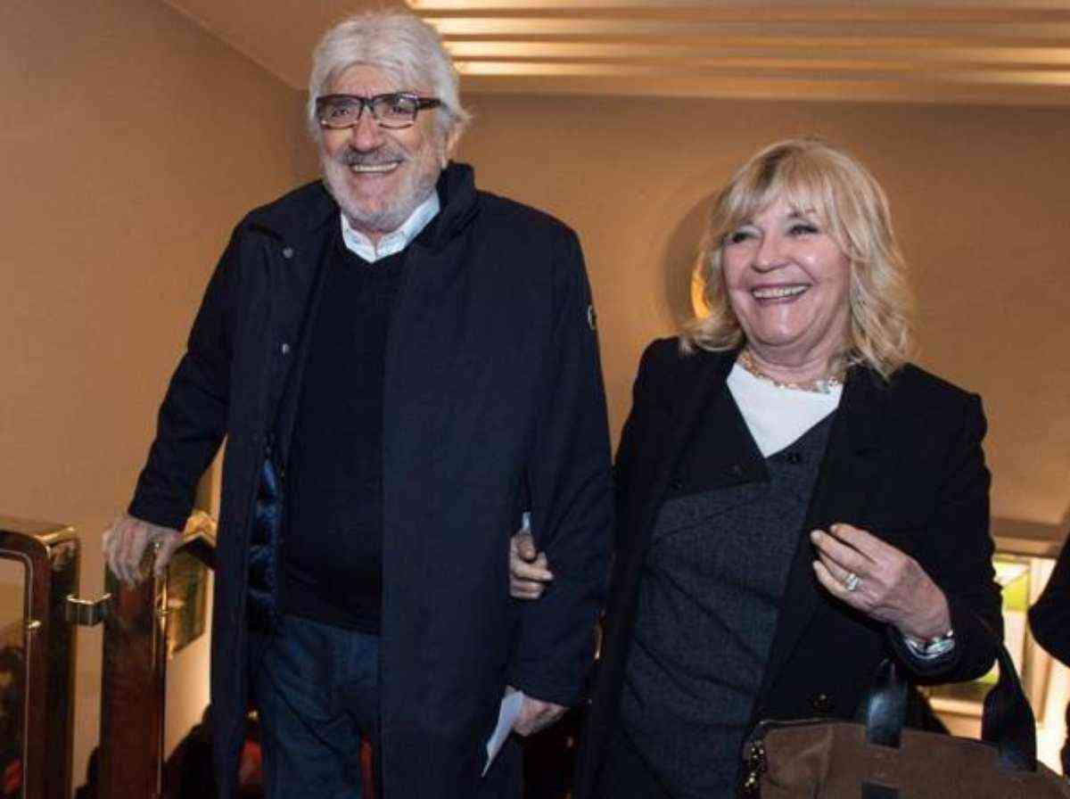 Gigi Proietti moglie