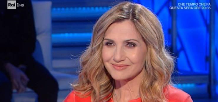 Lorella Cuccarini sfida la D'Urso