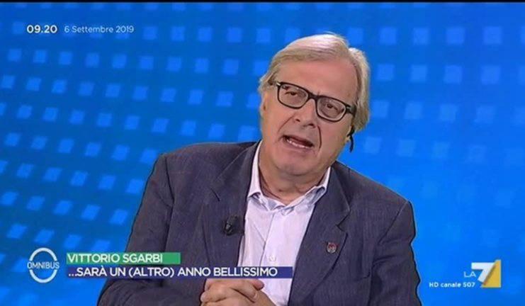 Vittorio Sgarbi parolaccia su Rai 1