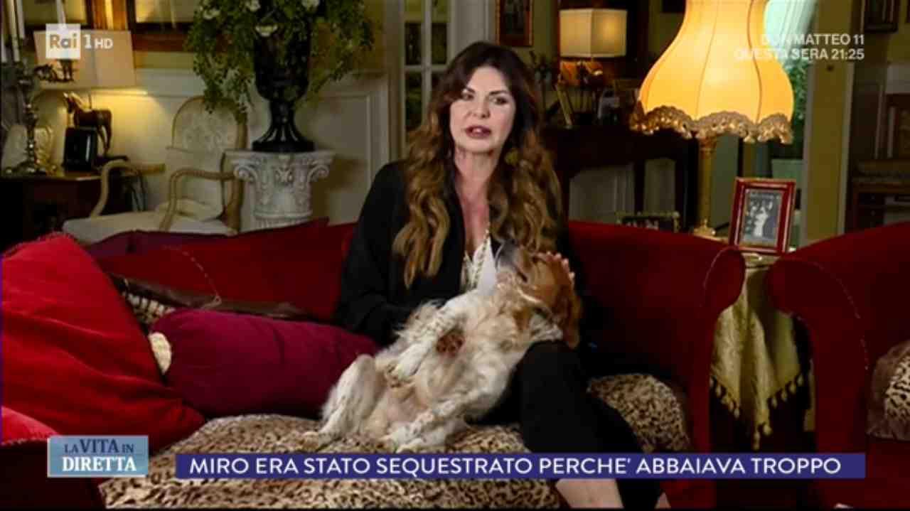Venghi cane Alba Parietti