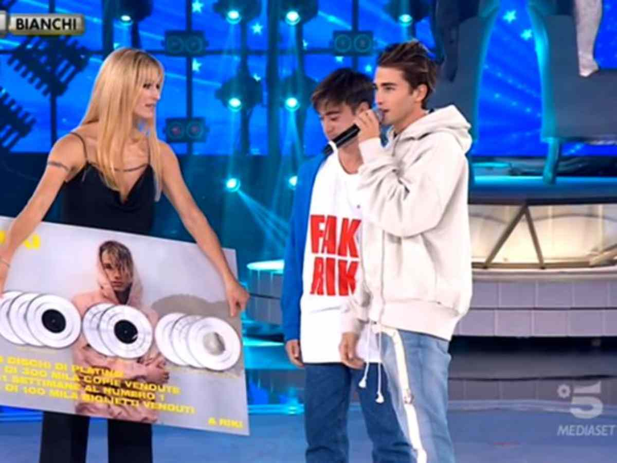 riki michelle hunziker amici celebrities