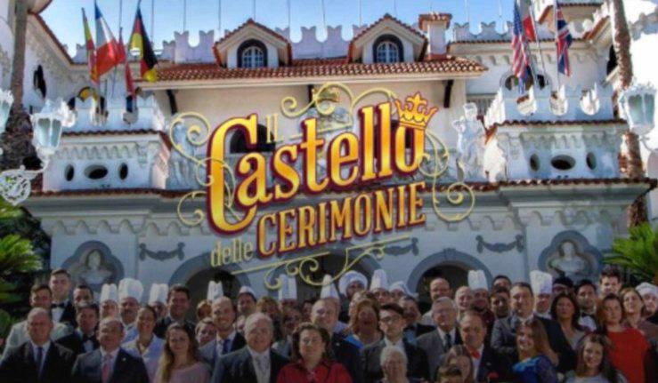 Antonella Castello delle cerimonie: vergine all'altare