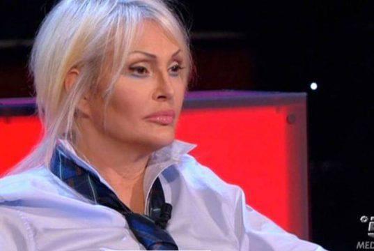 """Anna Oxa dubbi sulla morte di Franco Ciani: """"Sapeva molte co"""