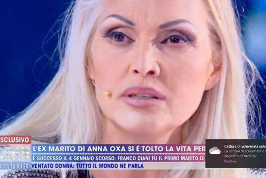 """Anna Oxa bandita dalla Rai: """"La Carlucci ha detto che sono s"""