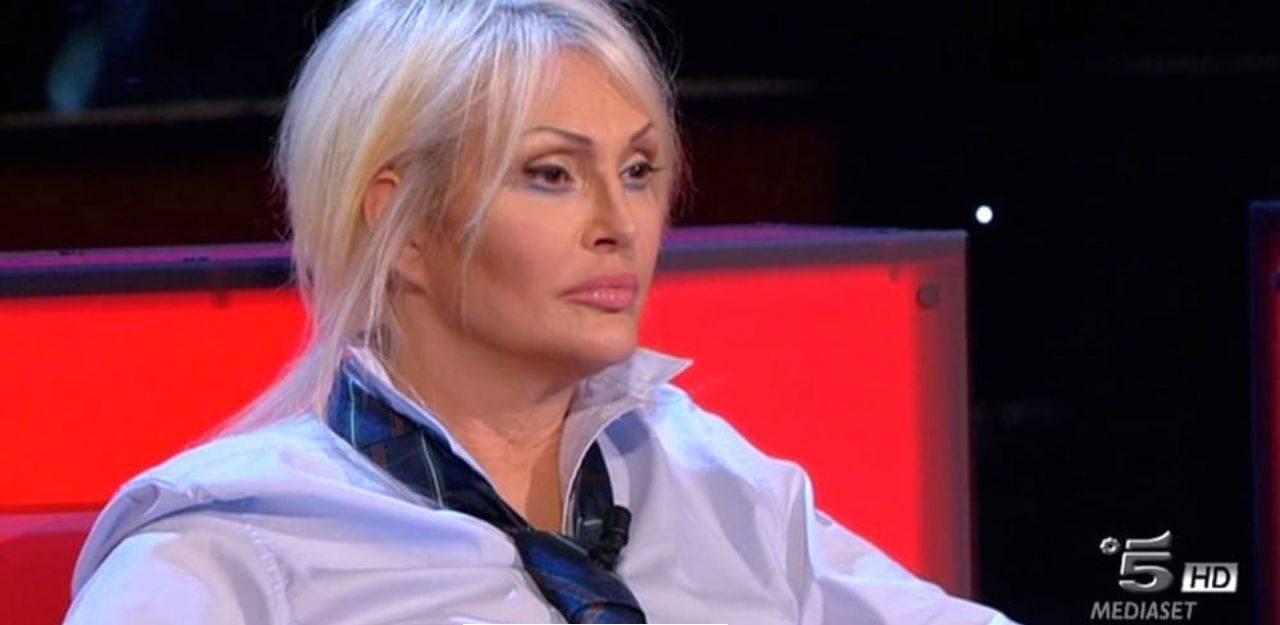 Anna Oxa dubbi morte franco ciani