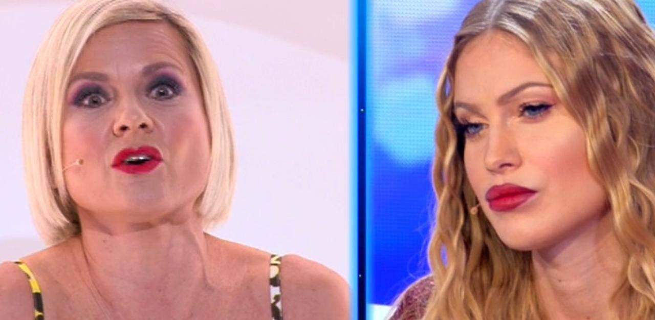 Antonella Elia insulta Taylor Mega