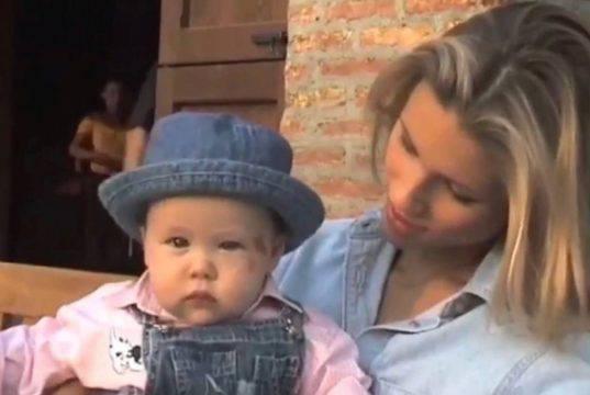 Aurora Ramazzotti, la madre Michelle Hunziker la spiazza!