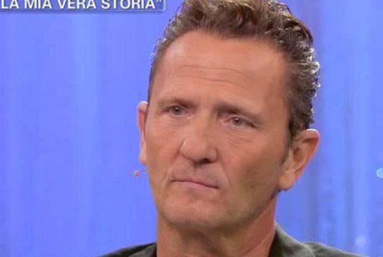 Enzo Salvi torna in tv dopo l'aggressione: il retroscena sul