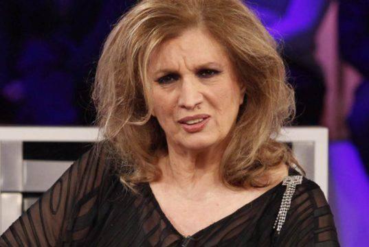 """Iva Zanicchi ancora rivalità con Mina? """"Lasciala a Lugano"""""""
