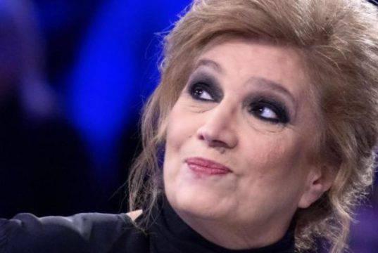 """Iva Zanicchi compie 80 anni e si regala """"Sangue nero"""""""