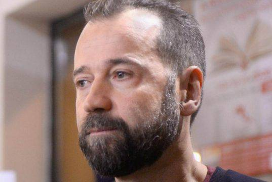 Linus contro Fabio Volo: la battuta su Salvini non è piaciut