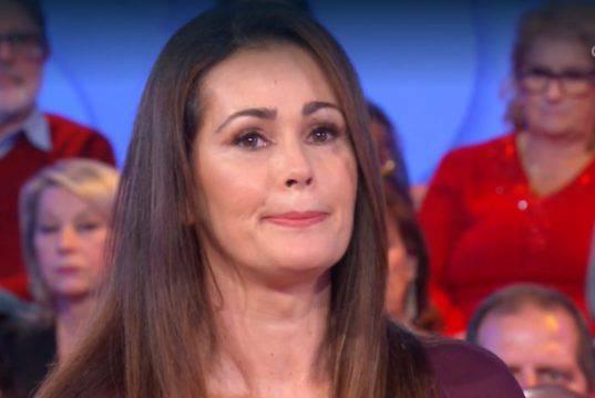 """Samantha De Grenet lacrime in diretta: """"Sono stata male"""""""