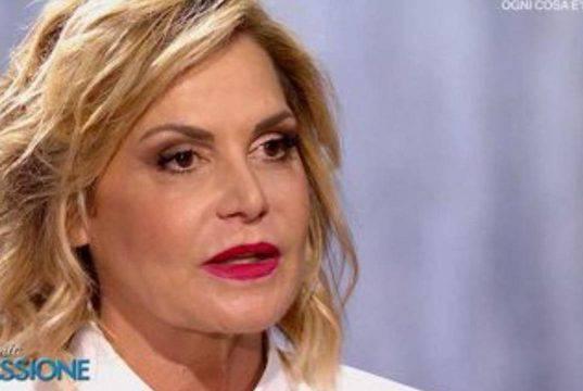 Simona Ventura, che debito con il Fisco: ma non lo sta più p