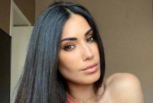 Federica Nargi vittima di insulti pesanti sui social: tutto per una foto