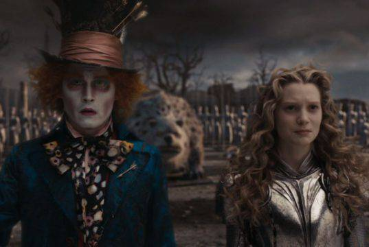 Alice in Wonderland, trailer e trama del film con Mia Wasiko