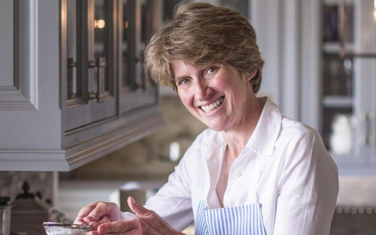 Carolyn Robb