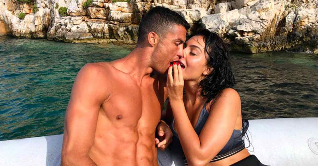 Cristiano Ronaldo tradisce Georgina Rodriguez