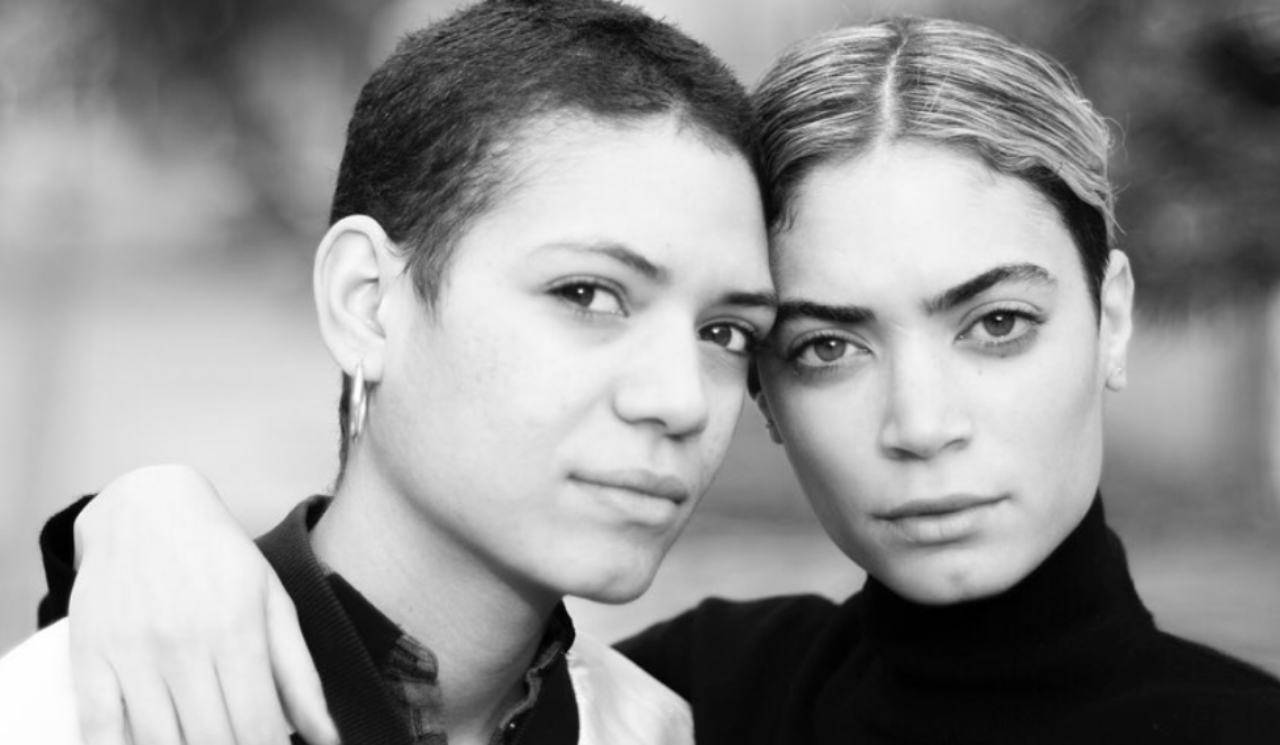 Elodie e la sorella Fey