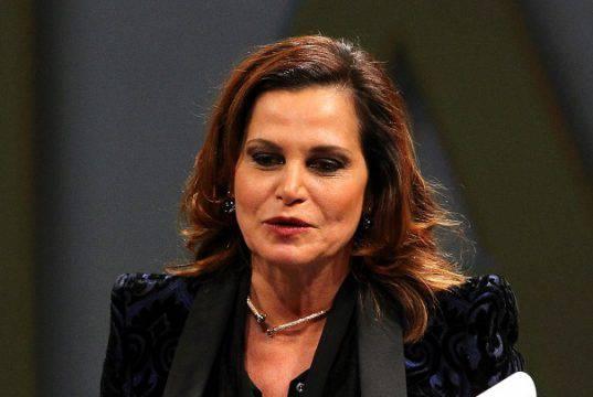 Simona Ventura in lutto, la morte della donna l'ha devastata