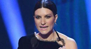 Coronavirus, Laura Pausini senza freni