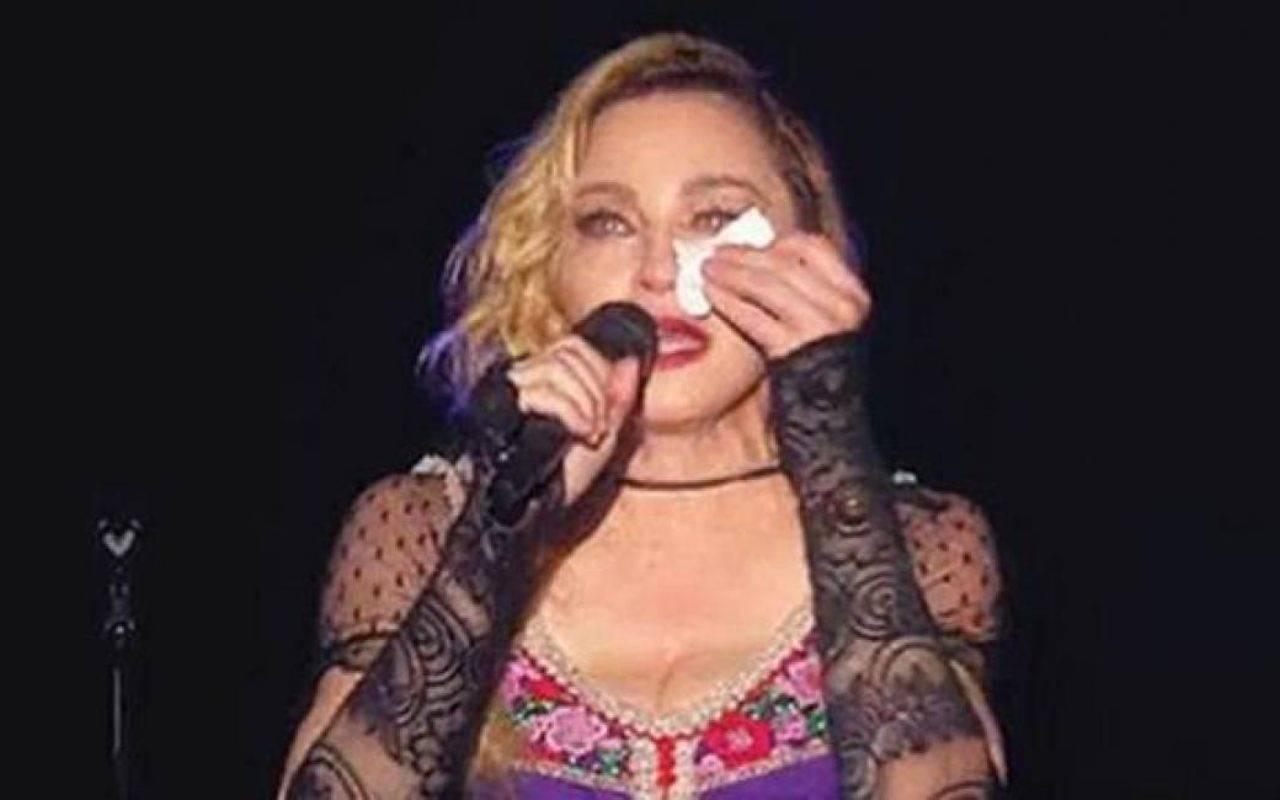 Madonna in lacrime