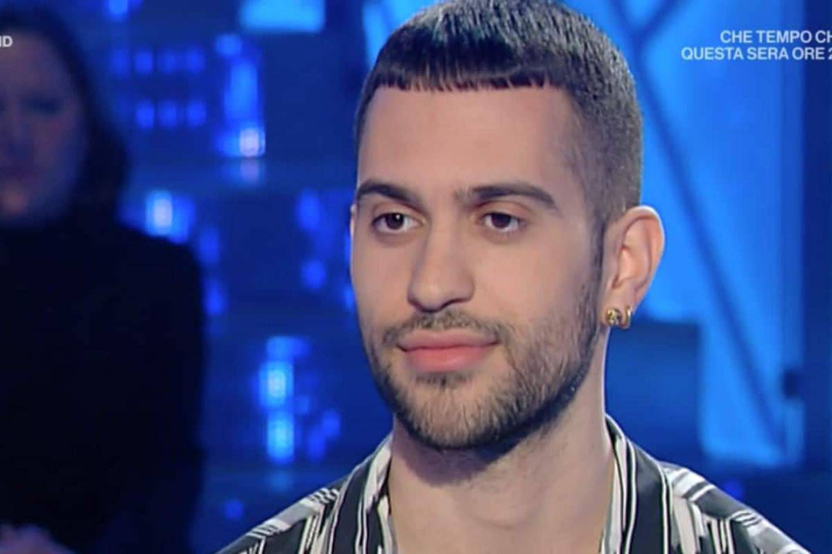 Mahmood flirt con Gabriele Esposito