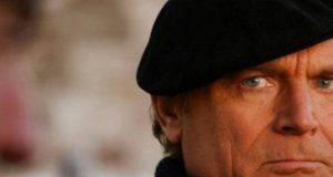 Terence Hill compie 81 anni, pronto a dire addio a Don Matteo?