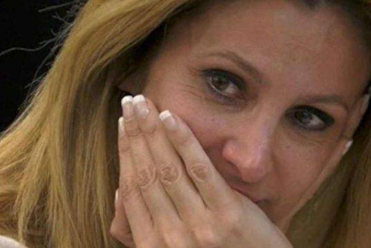 Adriana Volpe video commovente: fan in lacrime