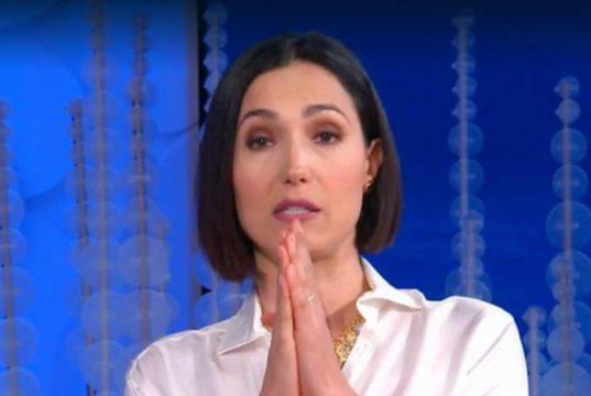 """Caterina Balivo, indignazione sui social: """"Ma cosa vi costa?"""""""