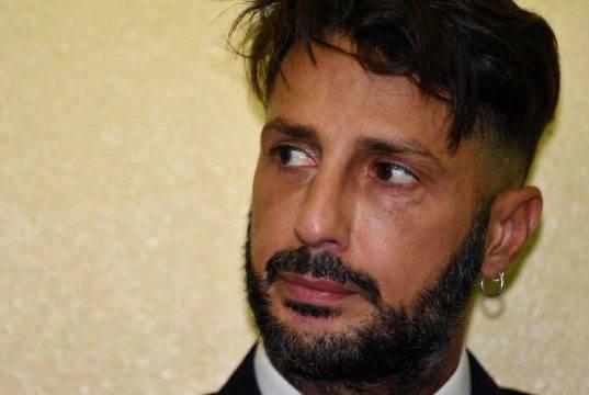 Coronavirus, Fabrizio Corona nei guai: rischia grosso?