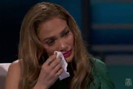 Jennifer Lopez disperata: salta tutto?