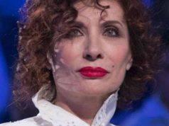 """Alda D'Eusanio difende Barbara D'Urso, la denuncia: """"Azione violenta"""""""