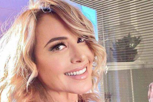 """Barbara D'Urso svela il suo nuovo """"fidanzato"""": fan senza parole"""