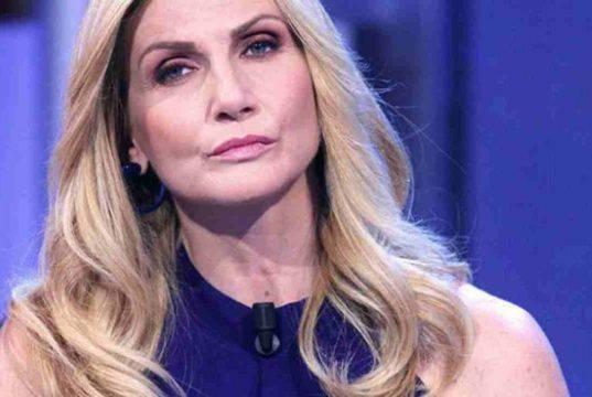 Lorella Cuccarini in lutto: l'addio ad una persona importante