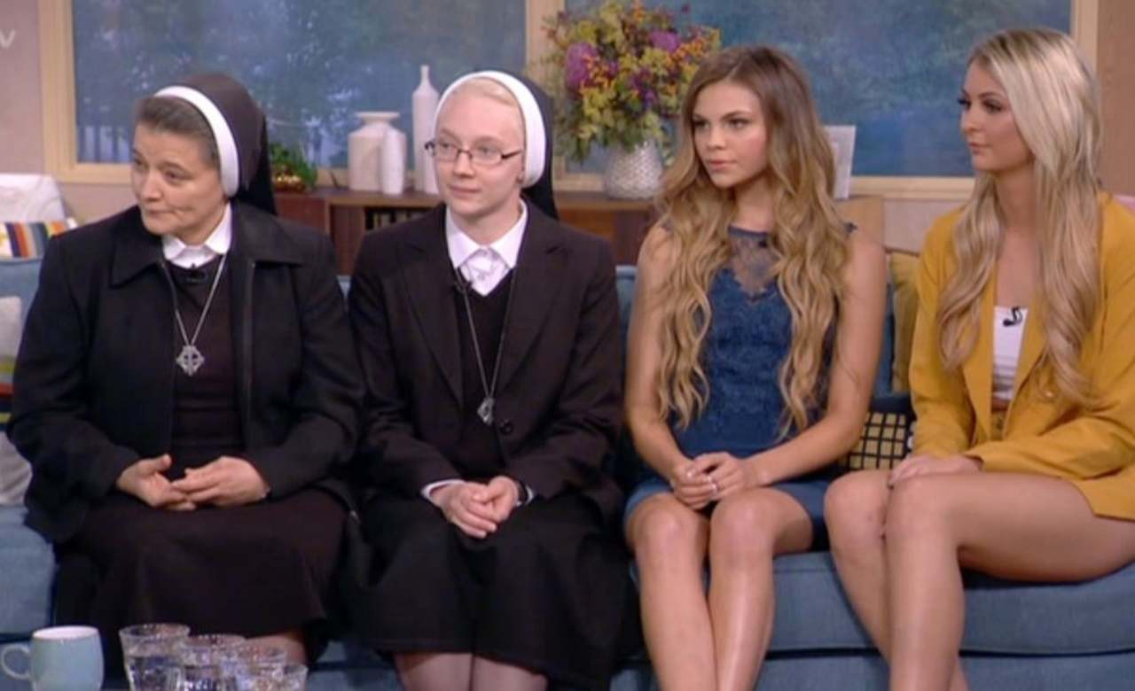 Sarah Chelsea, Ti spedisco in convento