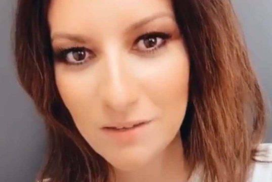 Laura Pausini    non trattiene le lacrime    i fan vogliono sapere