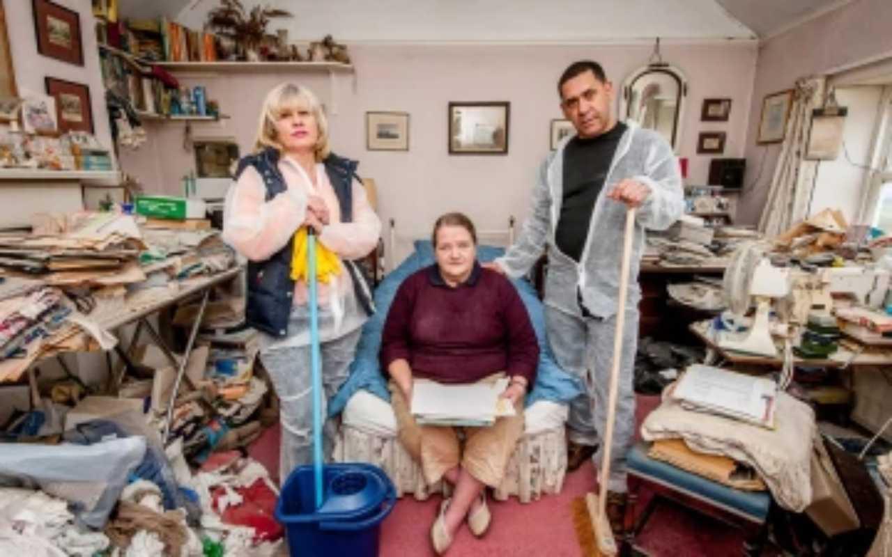 Claire aiuta Sue e Roger malati di pulito