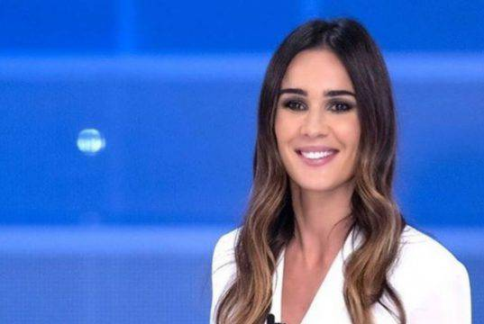"""Silvia Toffanin, Antonella Elia fa una gaffe in televisione: """"Vivi nel peccato"""""""