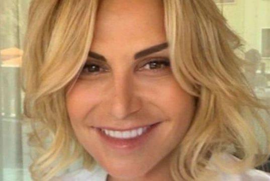 Simona Ventura ricorda Franca Valeri: nel video anche Alberto Sordi